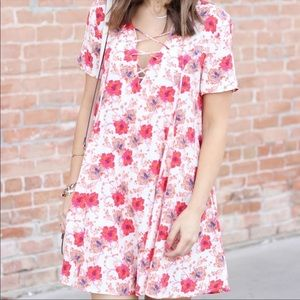 ASTR The Label Pink Sunset Floral Lace Up Dress